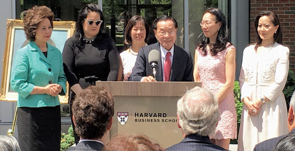 he Chao Family:One of a kind - USA - Chinadaily com cn