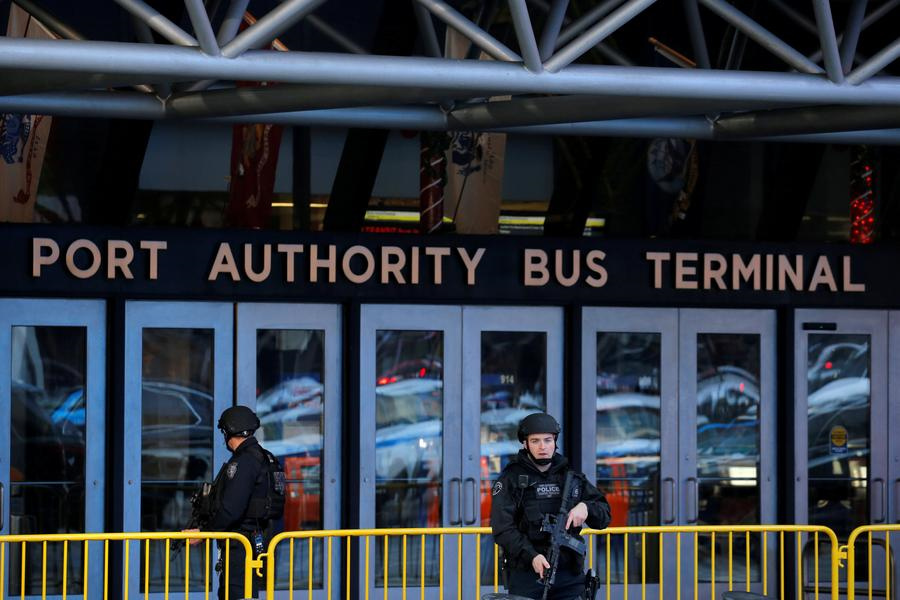 Man in custody after 'attempted terrorist attack' near Times Square