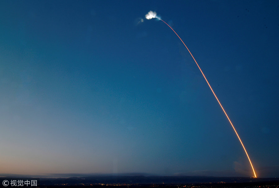 SpaceX launches Falcon 9 with 1st broadband internet