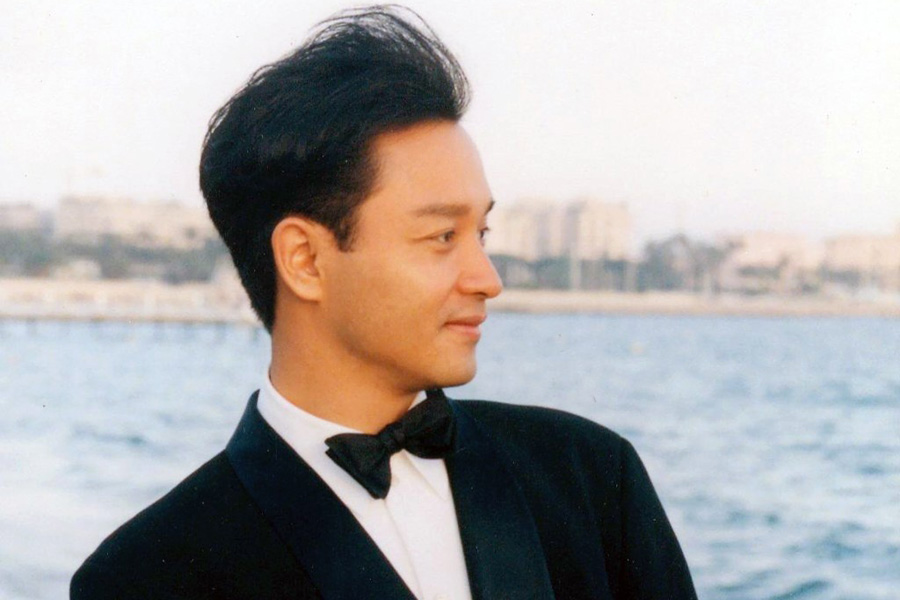 30 photos capture the beauty of Leslie Cheung