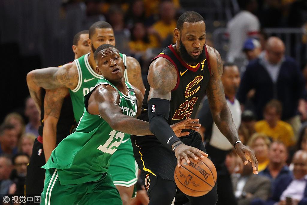 the best attitude 4eb57 3e3e3 Cavaliers clobber Celtics to claw their way back ...