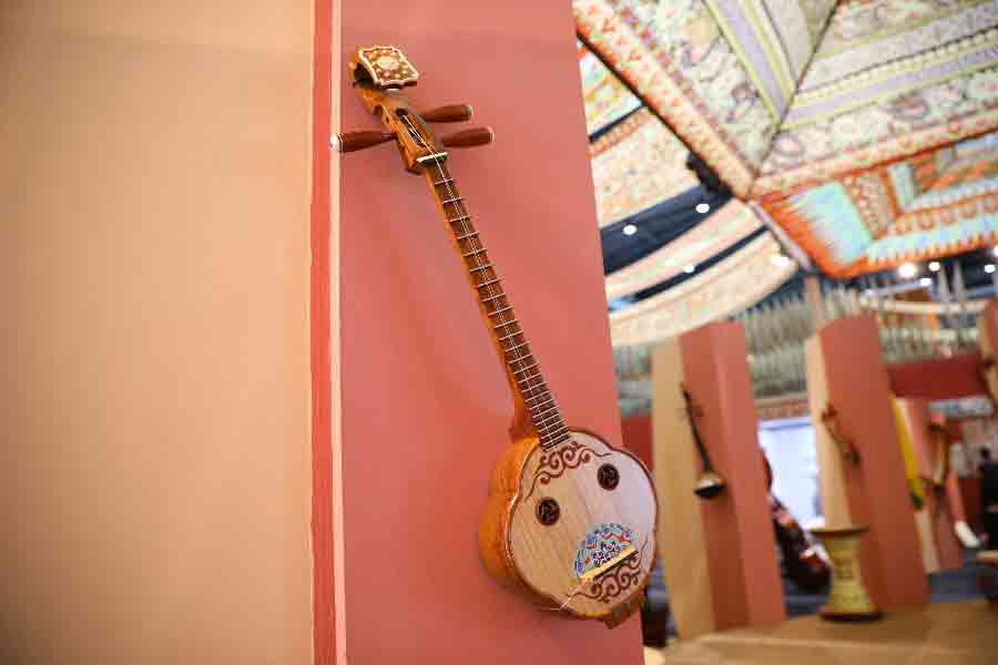 Ancient Musical Instruments On Show In Dunhuang Chinadaily Com Cn
