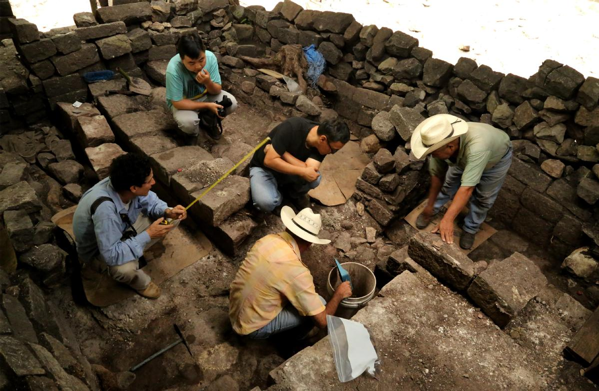 Archaeologists dig deep on overseas projects