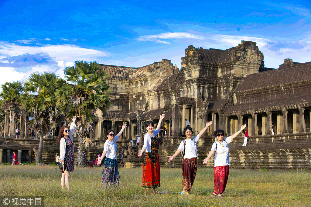 China still No 1 outbound tourism market: Report