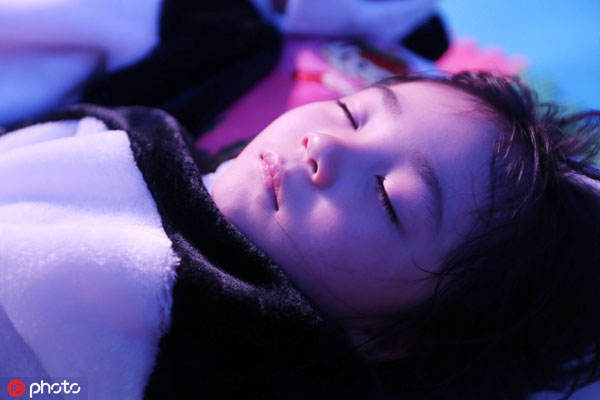 Nearly 63 percent Chinese children sleep less than eight hours per day
