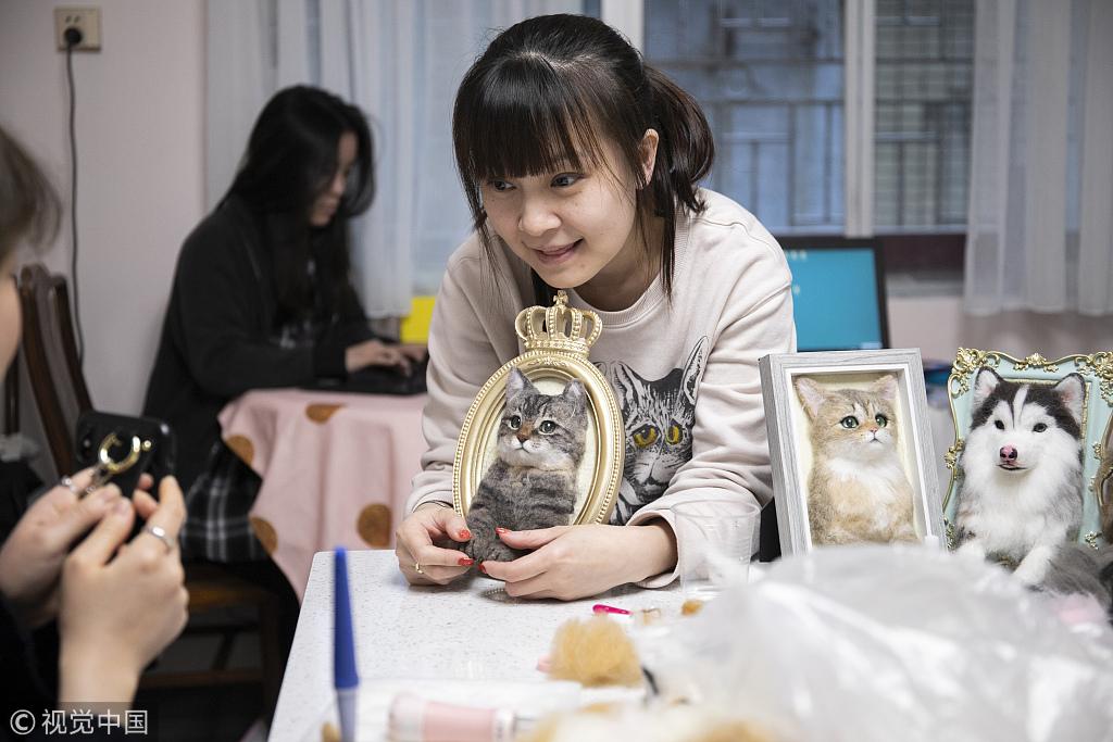 Guangzhou woman makes life-like pets - Chinadaily com cn