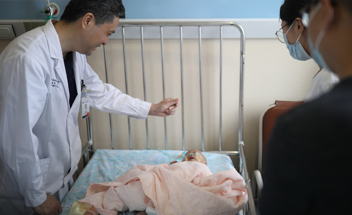 Baby boy survives after liver transplant - Chinadaily.com.cn