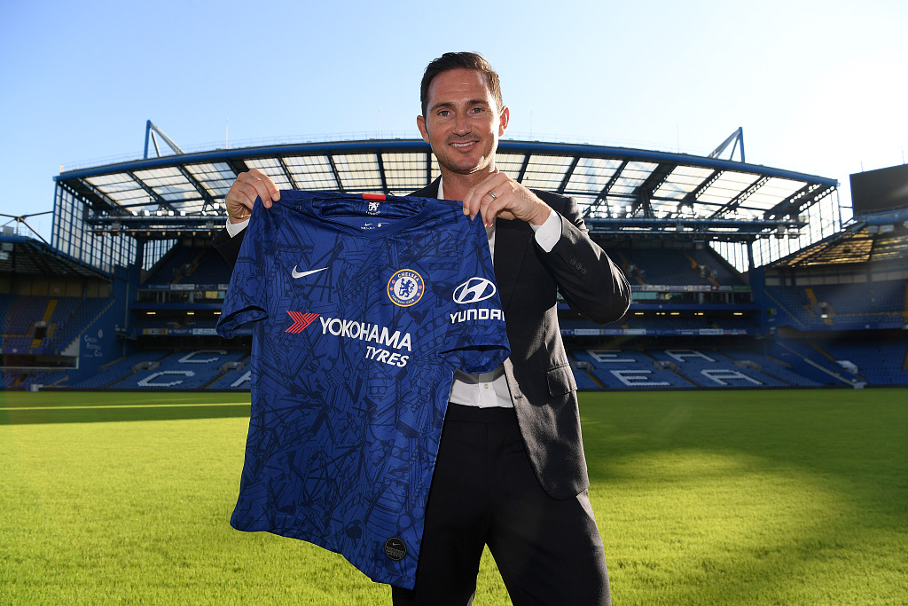 pretty nice 72dfb 6a197 Chelsea hires former midfielder Lampard as manager ...