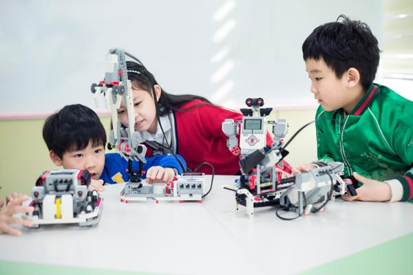 A new class of roboteers - Chinadaily com cn