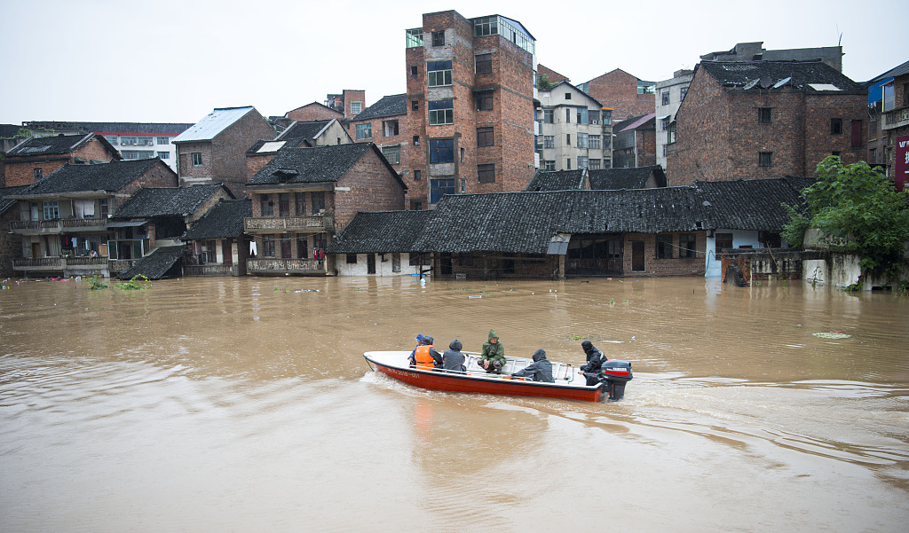 Disasters claim 627 lives in major flood season - Chinadaily.com.cn