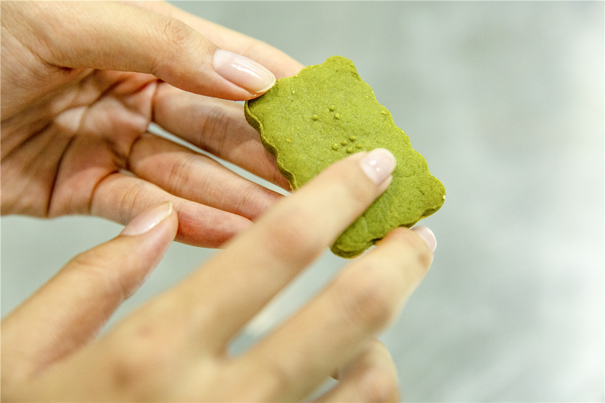 Chongqing students create cookies for the blind - Chinadaily.com.cn