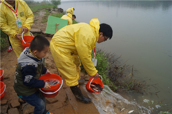 River rescuer goes with the flow - Chinadaily.com.cn