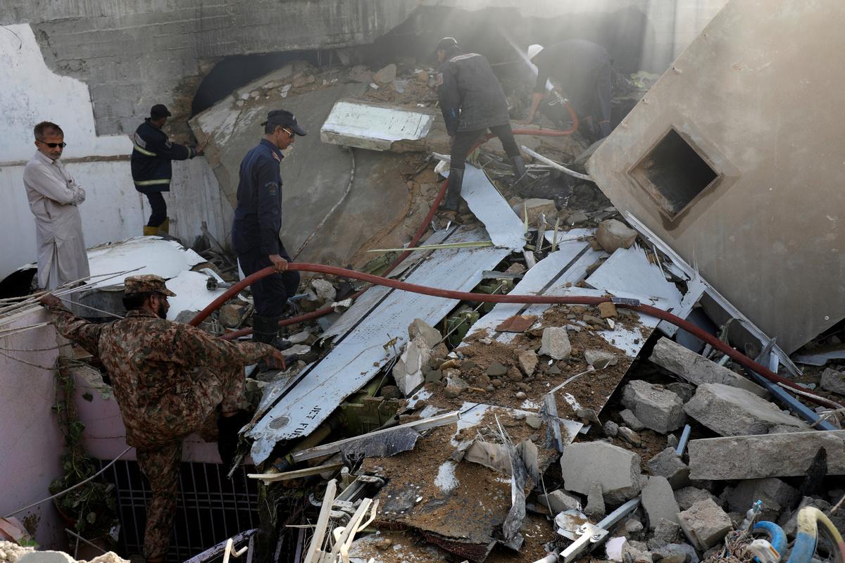 107 Die In Pakistan Plane Crash Chinadaily Com Cn