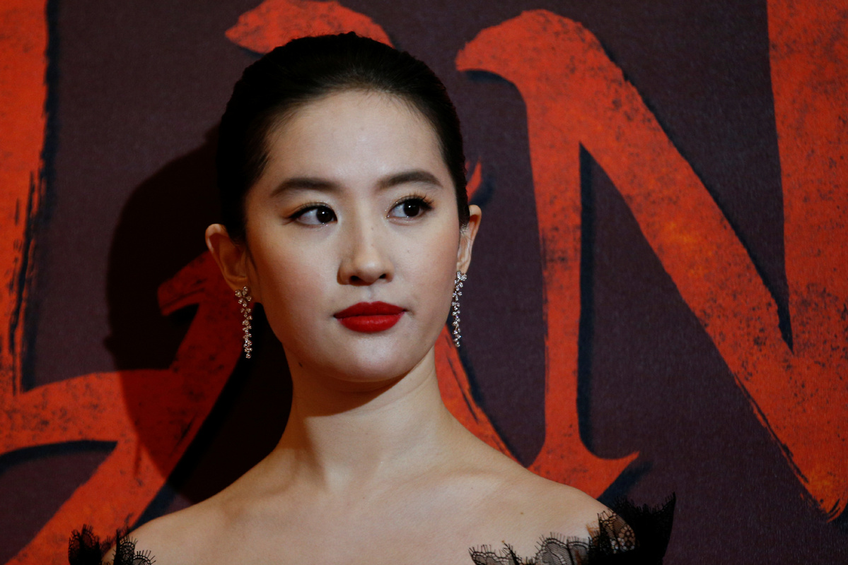 Here's Why People Are Calling for a Boycott of 'Mulan'