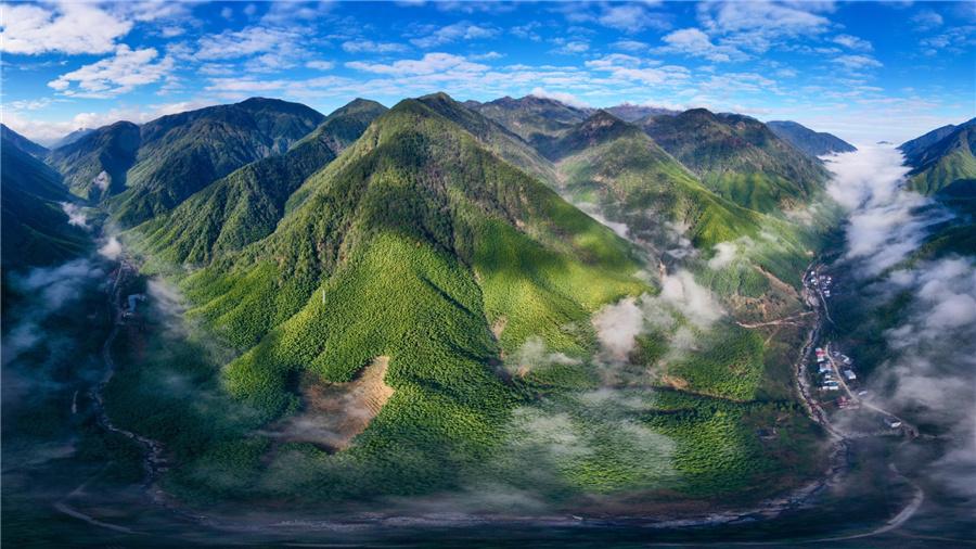 Wuyi Mountain park a model for balancing environment, tourism.jpg