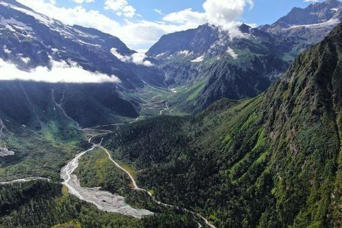 Highway through world's deepest canyon completed in Tibet