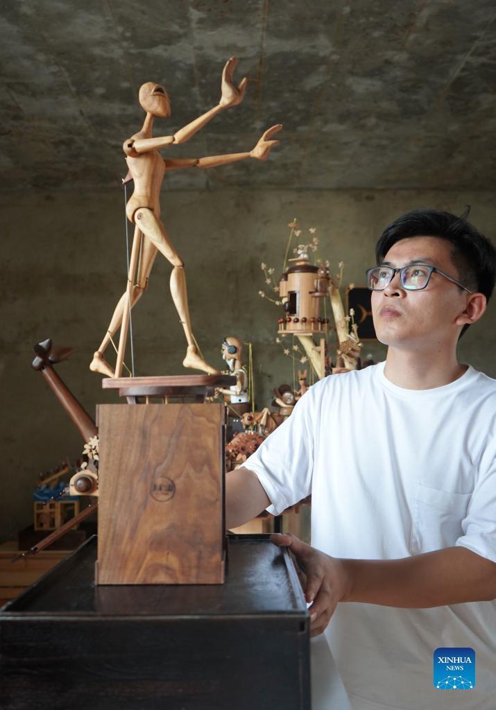 河北石家庄木制机械安装设计师的故事