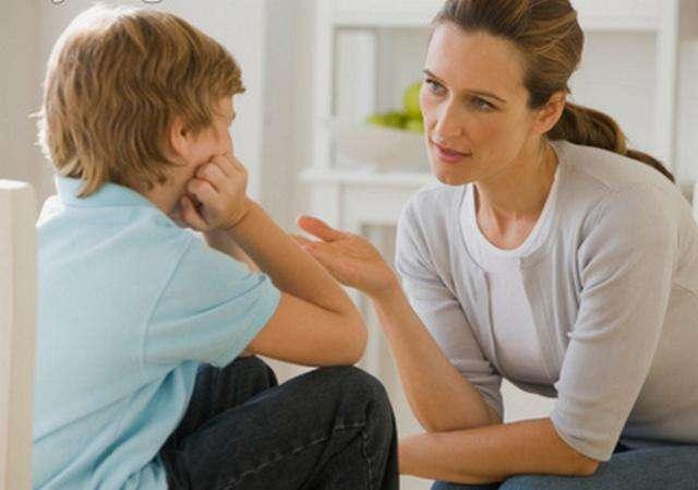 """研究:""""妈宝男""""和""""爸宝女""""心理更健康"""