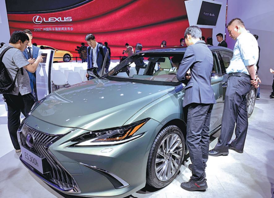 Dealer Daily Lexus >> Lexus Strives To Make Luxury A Part Of Everyday Life For