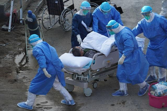 First group of critically ill patients arrives at new Wuhan field hospital