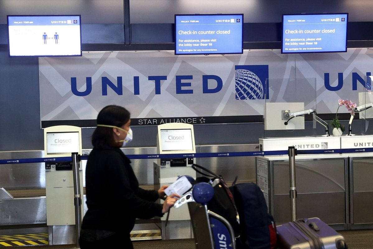 United Says It May Lay Off 36 000 Employees Chinadaily Com Cn,United Airlines Baggage Guidelines