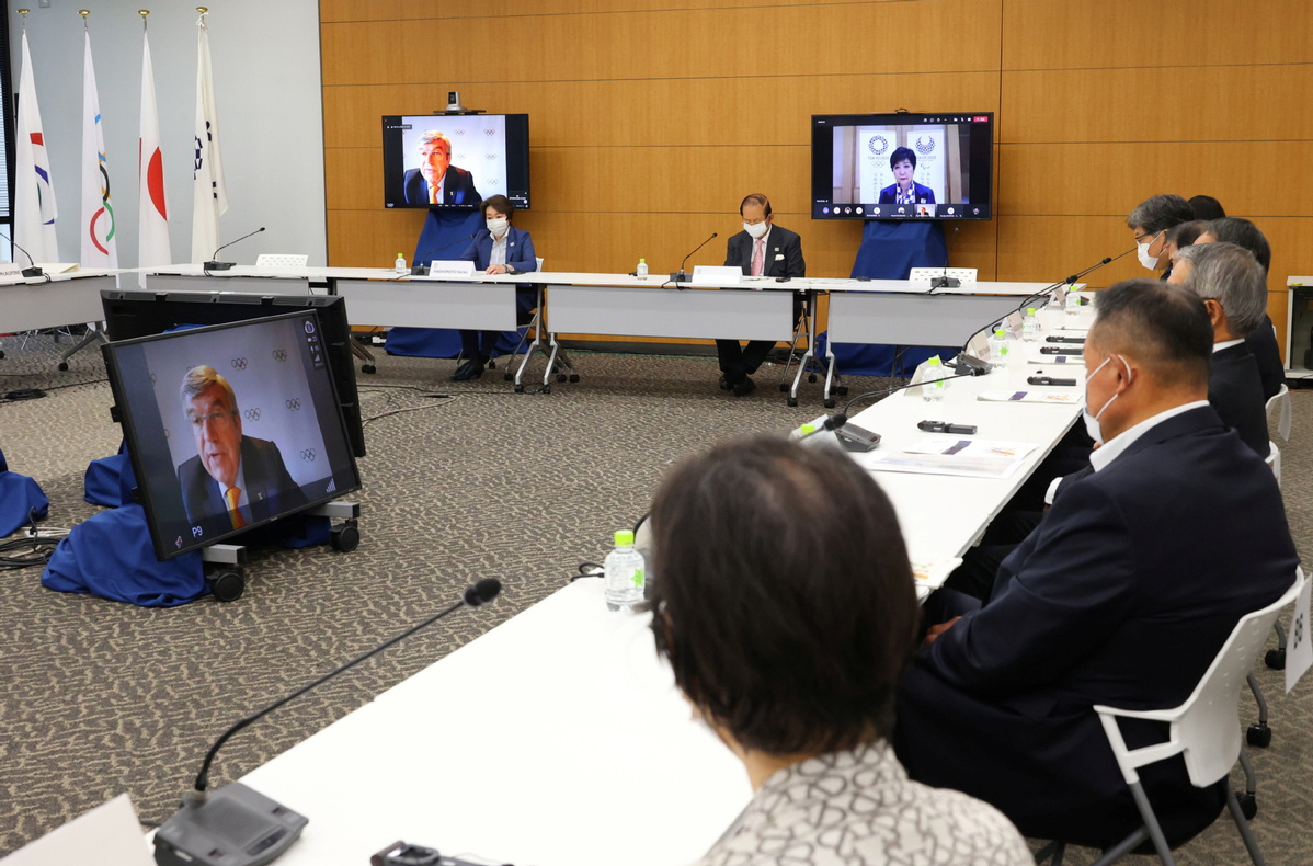 Ioc Chief Japanese Pm Promise Tokyo Olympics To Be Held Safely Chinadaily Com Cn