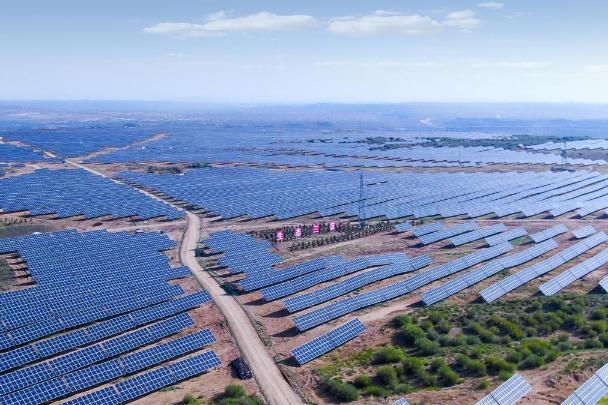 Solar power station lights up Inner Mongolia mining town