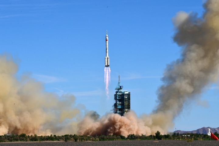 Developing nations get boost from China's space achievements